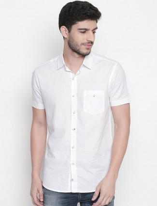Mufti solid white half sleeves shirt