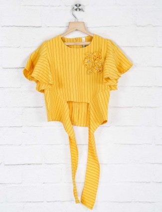 No Doubt presented yellow stripe top