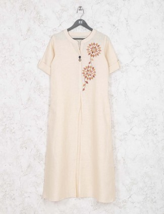 Off white casual kurti in cotton