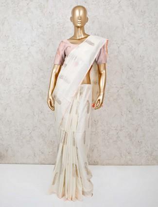 Off white dola silk saree with matching pallu