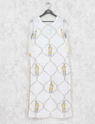 Off white hued cotton fabric kurti