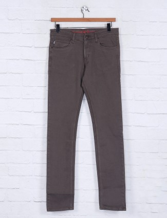 Poison solid brown slim fit jeans