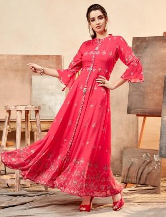 Printed kurti in magenta cotton silk