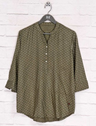 Printed olive cotton half buttoned top