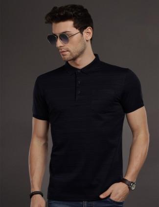 Psoulz slim fit navy solid t-shirt