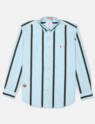 River Blue sky blue buttoned down collar shirt