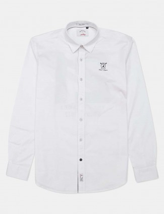 River Blue solid white cotton casual shirt