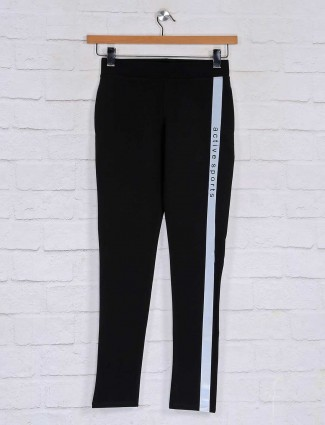 Solid night track pant for womens in black