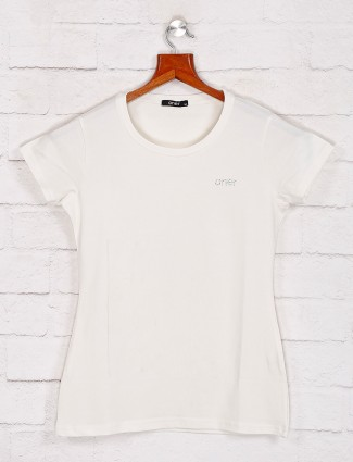 Solid white tee with round neck
