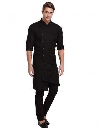 Stand collar solid black hue waistcoat set