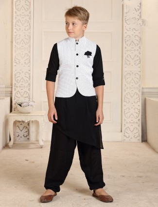 Stand collar white and black cotton stripe waistcoat set
