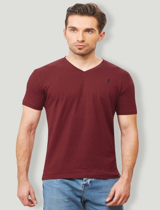 Stride maroon color solid t-shirt