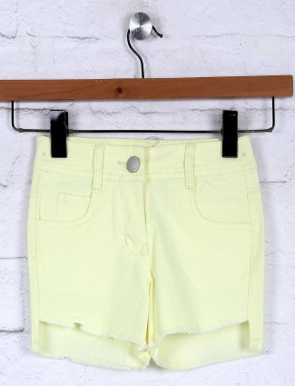 Tiny Girl plain lemon yellow simple casual shorts