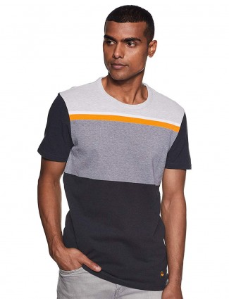 UCB grey and black solid slim fit t-shirt