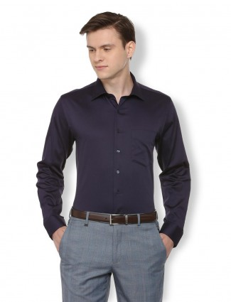 Van Heusen formal puple solid shirt