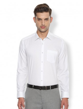 Van Heusen formal white printed shirt