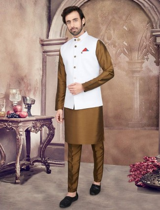 White and olive mens waistcoat set in cotton silk