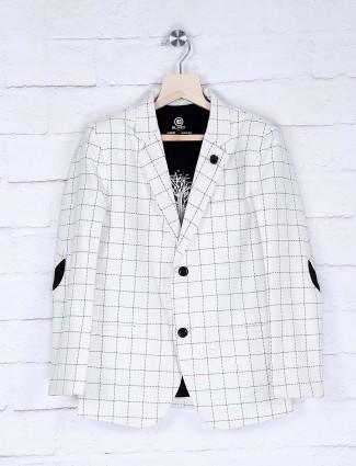 White checks pattern terry rayon blazer