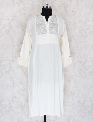 White color cotton fabric casual kurti