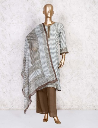 White stripe cotton palazzo set for casual look