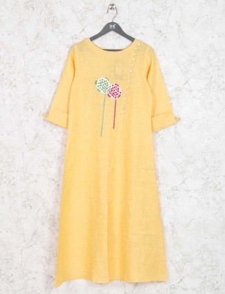 Yellow colored casual wear kurti