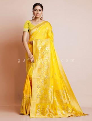 Yellow dola silk latest wedidng wear saree