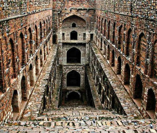 Haunted Places List In India: The Top 10 : Most Haunted Places Of India