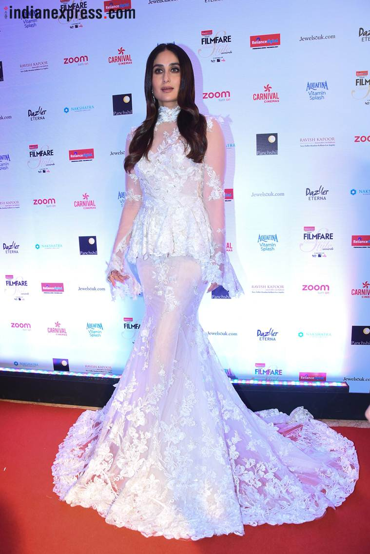 kareena kapoor khan in gown at filmfare style awards 2017, best celebrity gowns 2017,