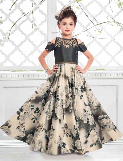 b60491af2 latest designer girls gown, kids gown design, top trends of girls gown