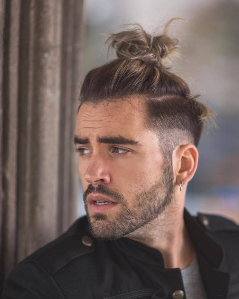 bun hairstyle for men
