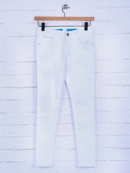 Boom Solid Ivory White Hue Jeans