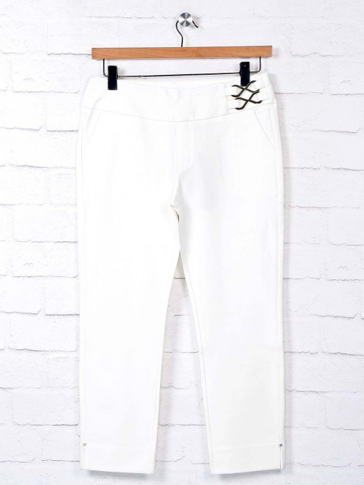Boom White Cotton Casual Wear Jeggings