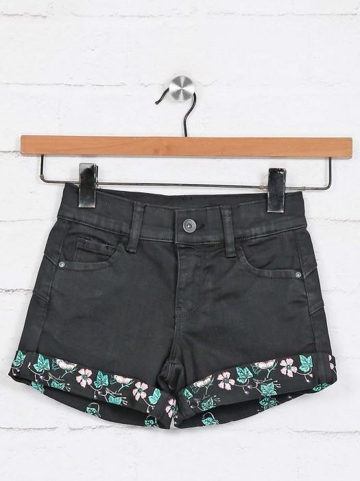 Deal Black Solid Denim Shorts