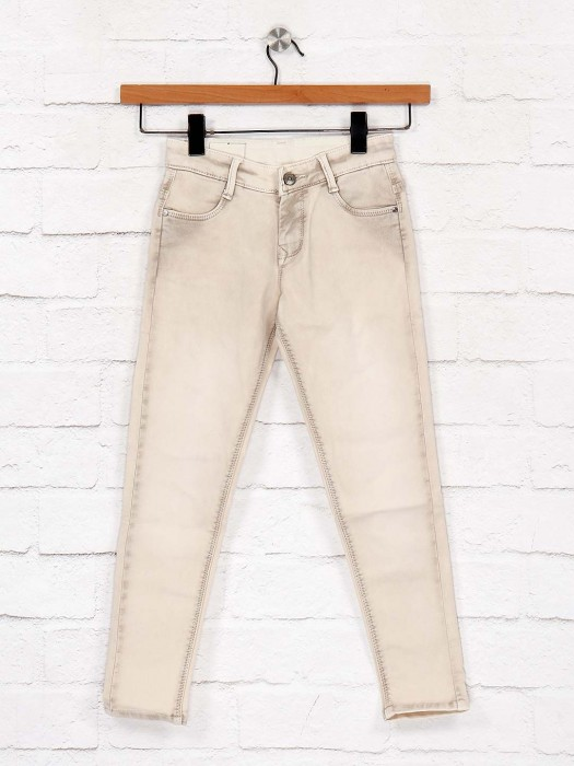 EBONY Washed Cream Hued Jeans