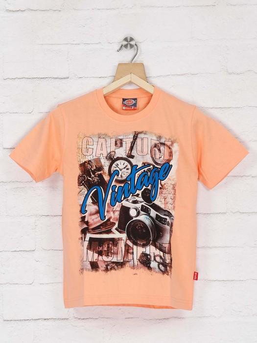 Giraffe Peach Printed Slim Fit T-shirt