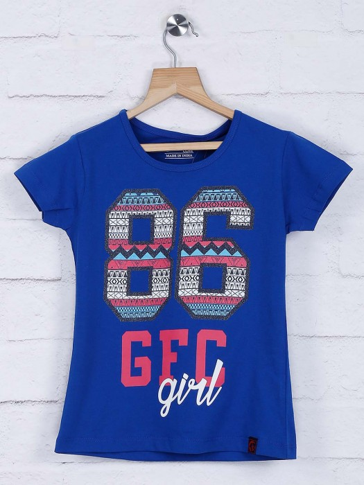 Giraffe Royal Blue Cotton Casual Round Neck Atop