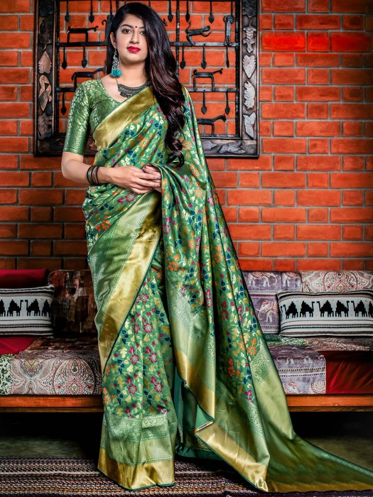 Green Hue Saree In Banarasi Silk Fabric