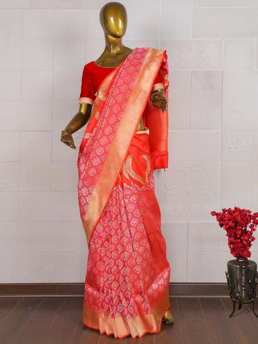 Lovely Red Hue Exclusive Pure Banarasi Saree