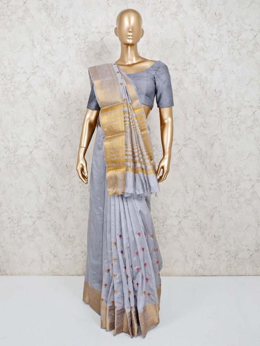 Pretty Grey Cotton Silk Zari Thread Weaving Saree