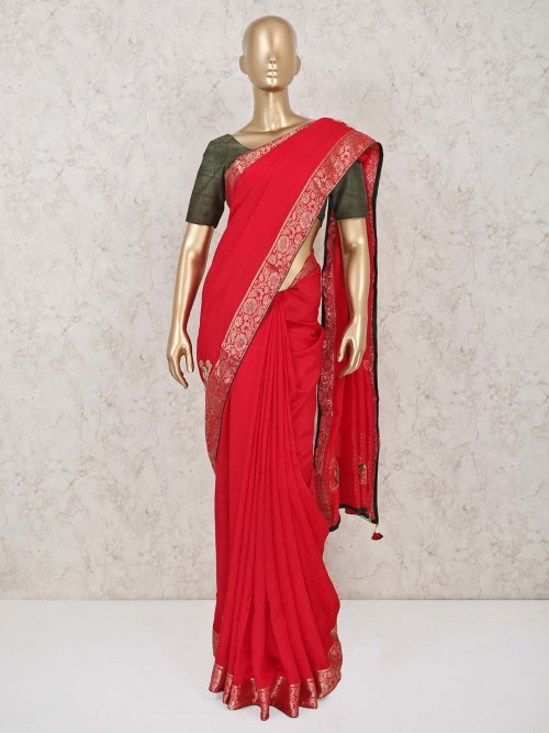Red Saree In Dola Silk For An Wedding