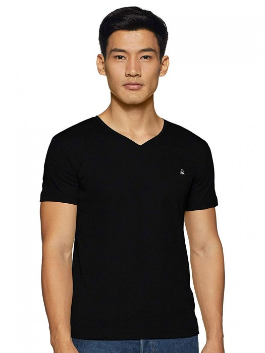 United Colors Of Benetton Solid Black T-shirt