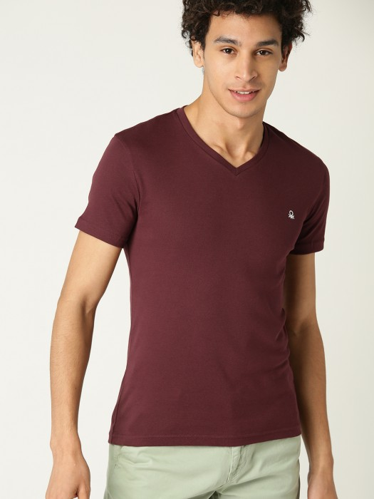 United Colors Of Benetton Solid Maroon T-shirt