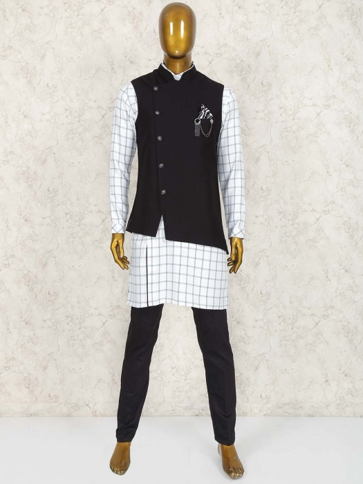 White And Black Checked Pattern Waistcoat Set