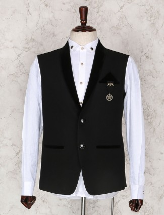 Black solid waistcoat for party