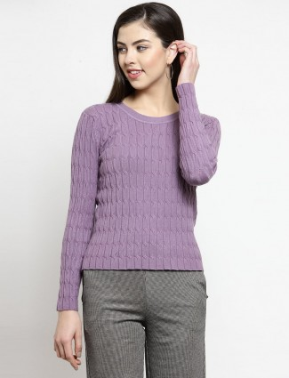 Violet knitted top for casual look with textured pattern