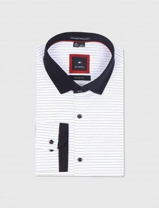 Albino white stripe shirt