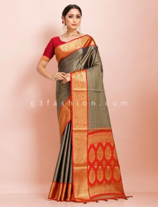 Art kanjivaram silk navy and red contrast pallu traditional saree