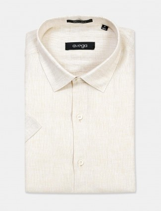 Avega cream linen cut away collar shirt