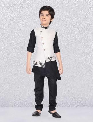 Beige and black solid waistcoat set