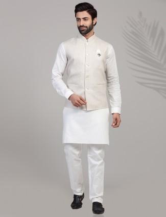 Beige and white linen waistcoat set